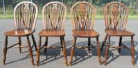Set of Four Wheelback Kitchen Dining Chairs